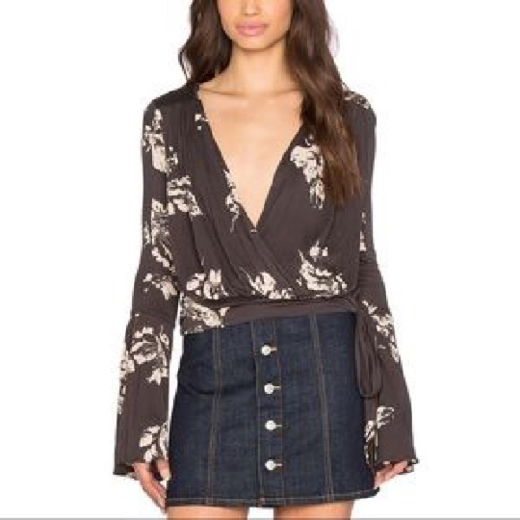 44cb3083063 Free People Tops - Free People Fiona Wrap Floral Long Sleeve Crop Top